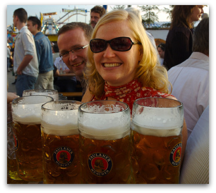 oktoberfest-girl-wth-beer