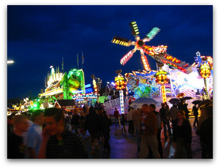 oktoberfest-night-rides