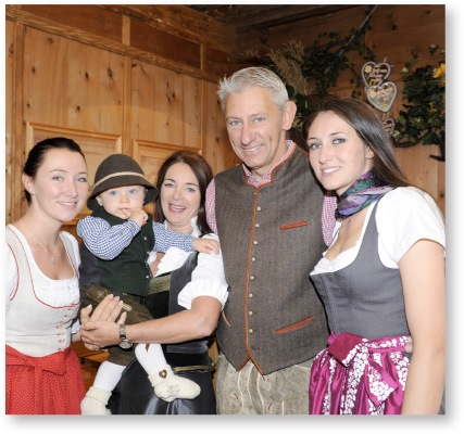 able-family-marstall-tent-oktoberfes