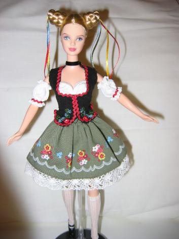 barbie-dirndl