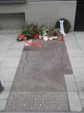eisner-memorial-thumb