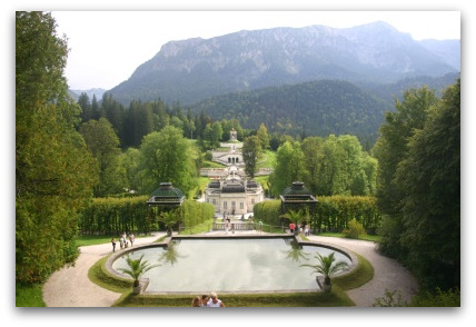 linderhof-park-germany-castle