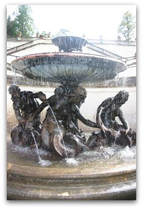 linderhof-fountain-germany-mermaid