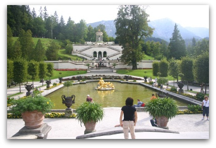 linderhof-pool-bavaria