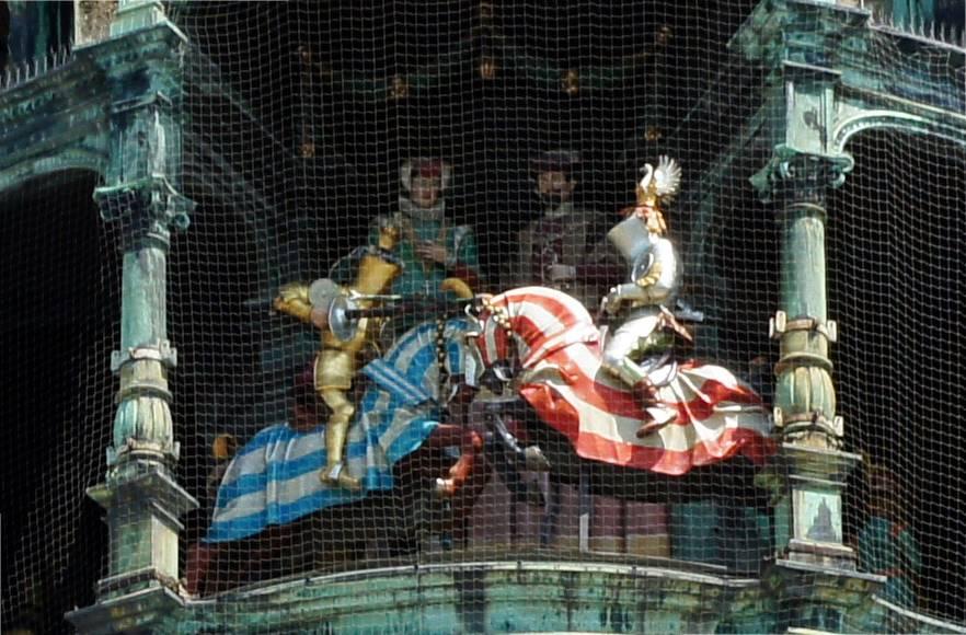Munich Glockenspiel About The Glockenspiel Munich