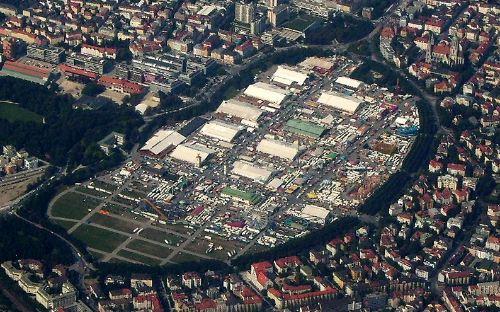 munich-oktoberfest-2013-grounds
