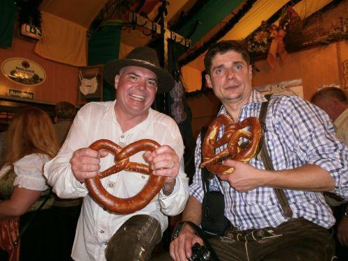 munich-oktoberfest-2014-pretzels-of-oktoberfest