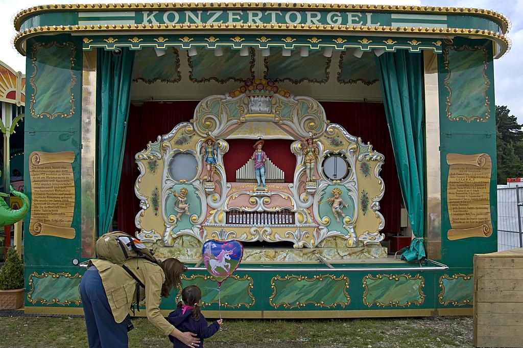 oide-wiesn-old-oktoberfest-munich
