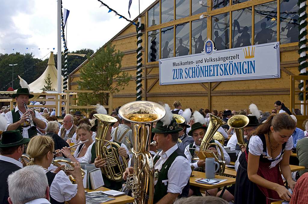 oide-wiesn-old-oktoberfest