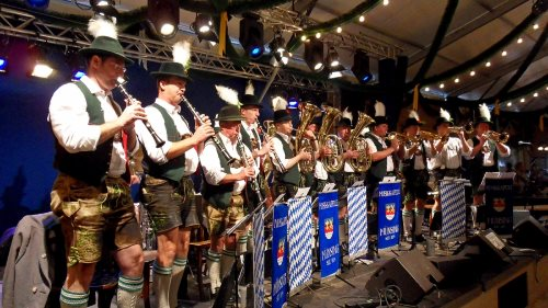 oktoberfest-2013-munich-band