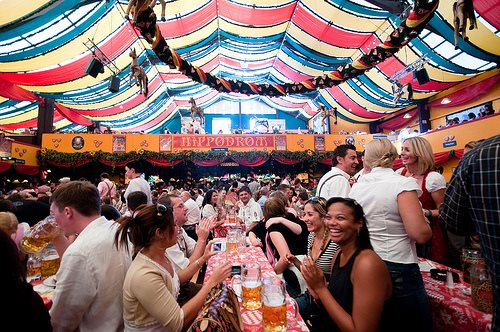 oktoberfest-munich-2013-party