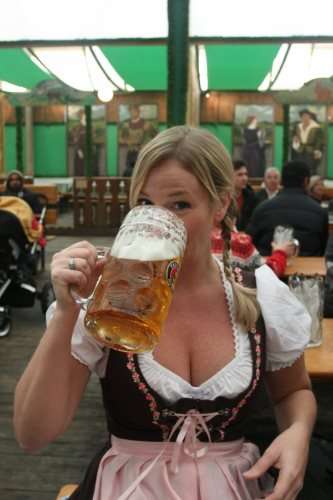 oktoberfest-munich-germany-2013-s