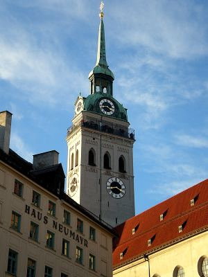 Peterskirche-munich-church