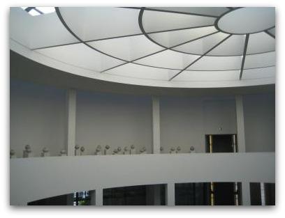 pinakothek der moderne ceiling