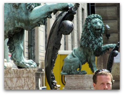 residenz-lions
