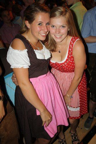 two-dirndl-girls