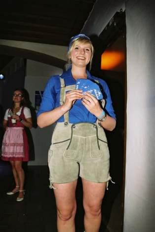 lederhosen-girl