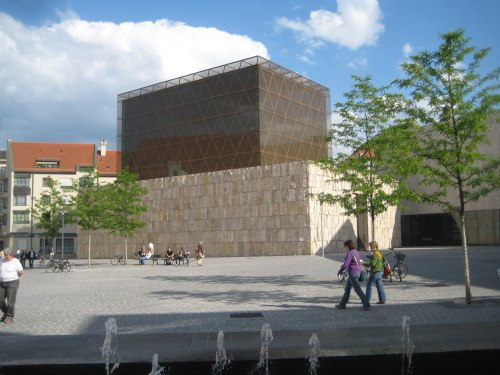jewish singles in new munich The synagogue, part of a complex that will house a jewish community center, cafe, schools and a museum to jewish history, is a milestone for this burgeoning jewish community of 9,200 members.