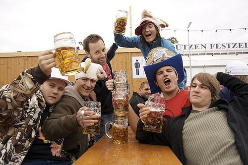 munich-oktoberfest-2014-buddies