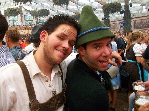 munich-oktoberfest-fellas