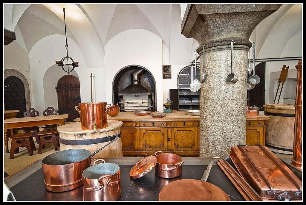 neuschwanstein-kitchen-photo