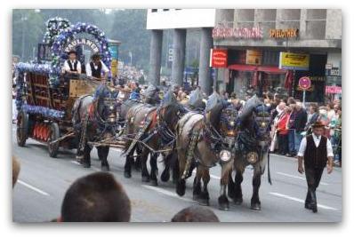 oktoberfest-parades