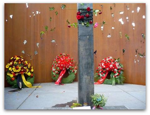 oktoberfest-terrorism-memorial