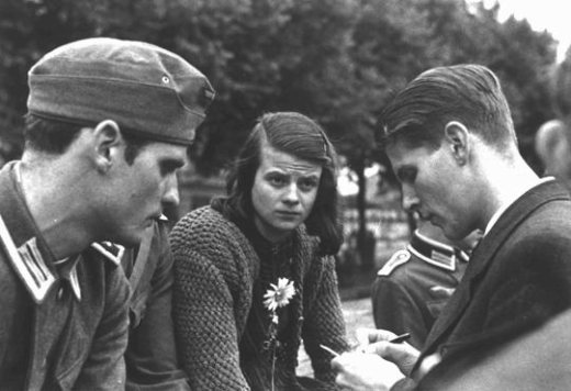 sophie-scholl-and-the-white-rose